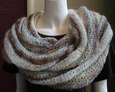 Kid Merino Infinity Scarf - free infinity scarf pattern - Crystal Palace Yarns