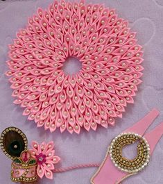 Thali Decoration Ideas, Ganpati Decoration At Home, Diy Diwali Decorations, Festival Decorations, Flower Decorations, Wedding Decorations, Pista Shell Crafts, Diy Arts And Crafts, Diy Crafts