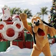 http://www.examiner.com/article/disney-cruise-line-offers-magical-holiday-cruises?cid=db_articles