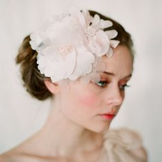 Blush cluster head piece - Style #125