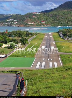 - Airport Overview - Airport Overview - Photography Location photo by MICHEL Charron