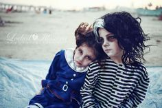 Sweeney Todd Kids Photoshoot, I luv this. Now I just need to find a boy to do this with Nealani when she gets hair Burton Kids, Tim Burton, Hallowen Costume, Cosplay Costumes, Costume Ideas, Illusion Photography, Creepy Kids, Photoshoot Themes, Sweeney Todd