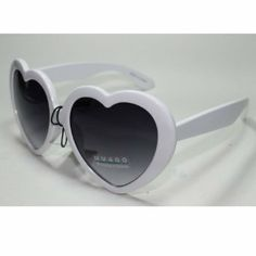 Sonic H1 Style 2 New Vintage Retro Men's Women's Unisex Heart Shape Sunglasses with Protective Soft Pouch Sonic The Hedgehog. $10.95