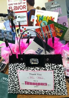 End of year teacher gift. Gift card basket.