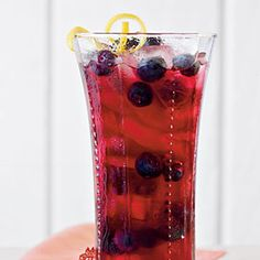 Lemon Blueberry Sweet Tea...this sounds soooo delicious and refreshing!
