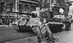 """Tiger II """"Königstiger"""" belonging to 503.schwere Panzer Abteilung in Budapest , 1945 ____________________ #history #militaryhistory #tank #warthunder #panzerschreck #ukraine #ussr #russia #wehrmacht #luftwaffe #kriegsmarine #ss #waffenss #award #medal #german #germany #deutsch #deutschland #camo #army #panzer #spain #espanol #munich #whiterose FOLLOW THE CREW @_grossdeutschland_ @armor.of.war @ww2.germanstuff @german.ww2.history @german_ww2_page @german_wars_page @that40skid"""
