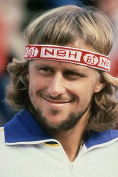This headband makes multiple Grand Slam winner Bjorn Borg look like a dork. Monica Seles, Tennis Legends, Famous Sports, Vintage Tennis, Sports Personality, Bjorn Borg, Sport Icon, Athletic Men, Football
