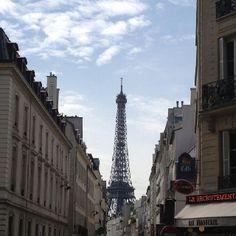 La Tour Eiffel Cities, Tower, Building, Amazing, Places, Travel, Viajes, Lathe, Buildings