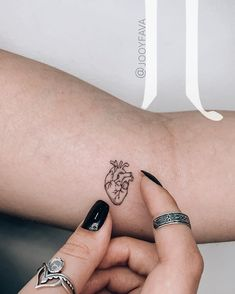 mini tattoos with meaning ; mini tattoos for girls with meaning ; mini tattoos for women ; Mini Tattoos, Petite Tattoos, Dainty Tattoos, Little Tattoos, Symbolic Tattoos, Unique Tattoos, Inspiring Tattoos, Symbol Tattoos With Meaning, Clever Tattoos