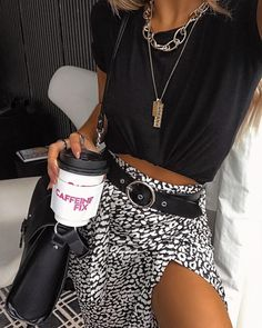 Schnittmuster Rock Outfit ø - # ø You are in the right place about Rock Style clothing Here we offer you the most beautiful pictures about the Rock Style o Rock Outfits, Spring Outfits, Casual Outfits, Cute Outfits, Summer Outfit, Grunge Outfits, Ootd Spring, Skirt Outfits, Look Fashion