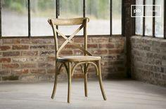 Sedia Pampelune con finiture naturali e molti altri sedie da scoprire su PIB, lo specialista in arredamenti, illuminazioni e decorazioni vintage.