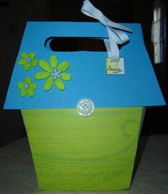 en carton avec toit