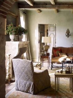 This Ivy House - anotherboheminan: (via Eleanor Cummings Interior...  this room has an old world feel