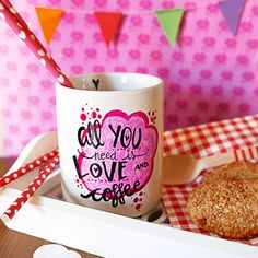 Taza - All you need is love and coffee