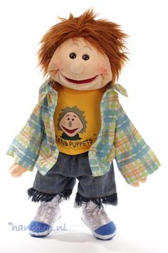 Fabian. 65 cm grote Living Puppets menspop bij Handpop.nl Living Puppets, Cool Costumes, Winnie The Pooh, Teddy Bear, Dolls, Animals, Friends, Baby Dolls, Animales