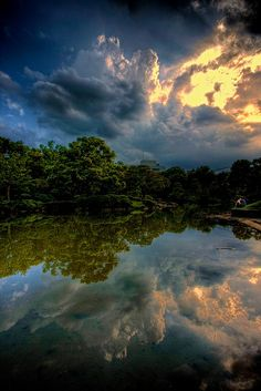 """The Pondering Pool. """"Reflective pool on the grounds of Kyu-Yasuda Teien gardens in Ryogoku, Tokyo."""" by Jon Sheer. There is something so peaceful about this. Pretty Pictures, Cool Photos, Amazing Photos, Crazy Pictures, Beautiful World, Beautiful Places, Amazing Places, Beautiful Sky, Water Reflections"""