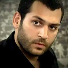 Turkish Men, Turkish Actors, Beard No Mustache, Movie Stars, Tv Series, Men Casual, Movies, Births, Handsome Man