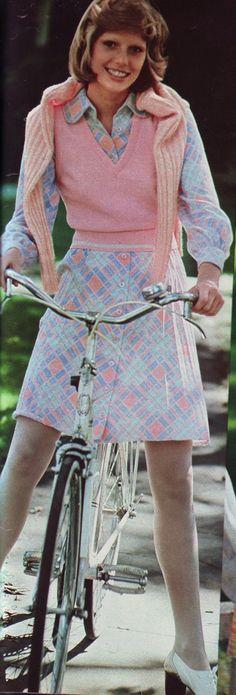 Pastel Fashion, 70s Fashion, Teen Fashion, Timeless Beauty, Timeless Fashion, Patti Hansen, Glamour Magazine, Vintage Ladies, Vintage Outfits