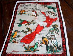 Vintage Derek Birds of New Zealand Linen Tea by AstridsPastTimes, $12.00