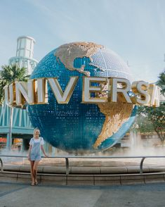 Wondering what to do in Singapore? Head to Universal Studios for a fun filled family day! It is a great way to spend time with your kids and will make for a memorable holiday! Here is our complete guide to visiting Universal Studios in Singapore. Singapore Art, Singapore Photos, Visit Singapore, Singapore Travel, Universal Orlando, Universal Studios Singapore, Road Trip Essentials, Road Trip Hacks, Road Trips