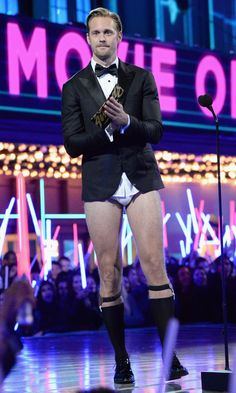 Alexander Skarsgard Forgot to Wear 1 Very Important Piece of Clothing to the MTV Movie Awards