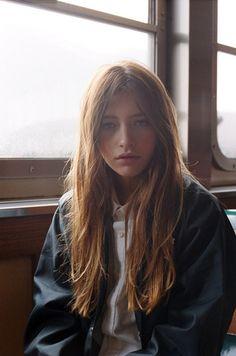 dead girls — fuckoff-kindly: Teresa Oman // Girls like this Teresa Oman, V Model, Collateral Beauty, Good Hair Day, Layered Hair, Long Layered, Pretty Hairstyles, Style Hairstyle, Natural Hairstyles
