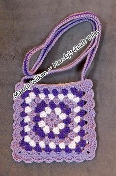Crochet Granny Squares Design Simple Granny Square Bag - Free crochet pattern by Mandy Wilken from Mandy's Craft Tales - Crochet Purse Patterns, Granny Square Crochet Pattern, Crochet Granny, Crochet Squares, Crochet Blocks, Afghan Crochet, Afghan Patterns, Square Patterns, Crochet Handbags