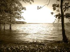 Stockton Lake by MonkeyScarGraphics on Etsy #photography #poster #decor #beautiful