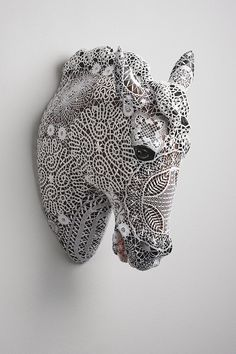 Crochet Covered Ceramic Animals, Crustaceans and Reptiles by Joana Vasconcelos Reptiles, Art Au Crochet, Crochet Horse, Hand Crochet, Grannies Crochet, Doily Art, Lace Art, Faux Taxidermy, Crochet Taxidermy