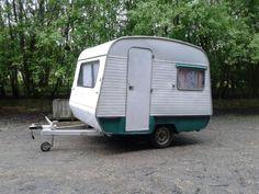 Vintage Caravan arrives at Farm cadet 10