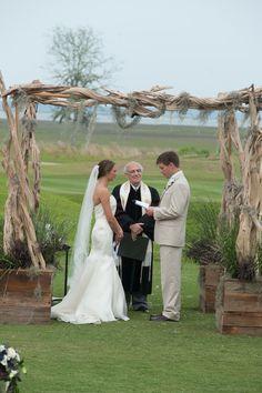 Photography: Marcus Krause - marcuskrauseweddings.com  Read More: http://www.stylemepretty.com/south-carolina-weddings/bluffton/2014/01/24/rustic-bluffton-wedding-at-colleton-river-plantation/
