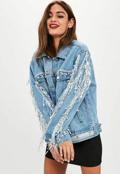 561 items - Be a badass with a good ass with the denim collection from Missguided. Denim shirts, denim dresses, denim skirts & jeans with free returns Look Jean, Denim Look, Jeans Rock, Denim Jeans, Denim Casual, Denim Fashion, Fashion Outfits, Demin Jacket, Elisa Cavaletti
