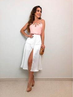Regata Triangulo Rose Skirt Outfits, Casual Outfits, Lawyer Outfit, Look Office, Plus Size Romper, Blouse And Skirt, Classy Women, Party Fashion, Pretty Outfits