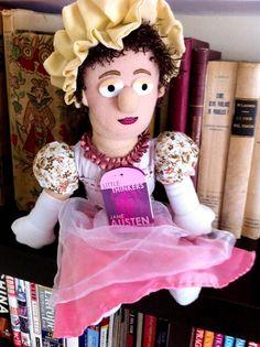"""""""La imaginación de una mujer es excesivamente rápida. En un momento salta de la admiración al amor y del amor al matrimonio.""""  Jane Austen."""