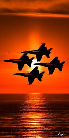 Senza parole Jet Fighter Pilot, Air Fighter, Fighter Jets, Us Military Aircraft, Military Jets, Airplane Fighter, Fighter Aircraft, Avion Jet, Us Navy Blue Angels