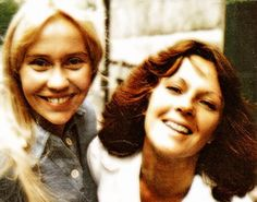 Agnetha and Frida very sweet and cute in the summer of 1975.