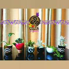 Linha Gold Mimos Planter Pots, Candles, Line, Gifts, Celtic, Spring, Candle, Lights