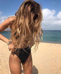 """Polubienia: 8,620, komentarze: 24 – @milano_streetstyle na Instagramie: """"Beauty @moyamii Check link in bio."""""""
