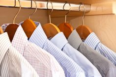 Finding the right dress shirt can be challenging. Here are the 5 best men's dress shirts for every occasion, how to style them and how they should fit. Best Dress Shirts, Fitted Dress Shirts, Shirt Dress, Button Downs, Button Down Shirt, Ivy League Style, Amazon Dresses, Bermudas Shorts, Iron Shirt