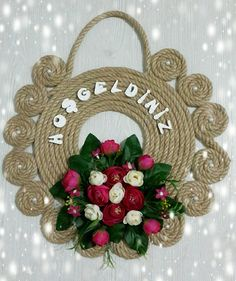 This Pin was discovered by Nag Rope Crafts, Wreath Crafts, Diy Home Crafts, Handmade Crafts, Felt Decorations, Bag Patterns To Sew, Wooden Wall Art, Handmade Flowers, Design Crafts
