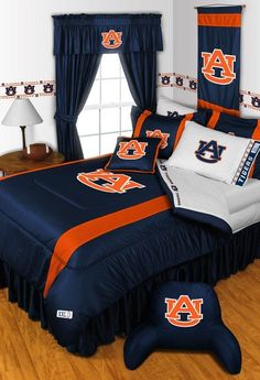 Auburn Tigers 4 Pc QUEEN Bed Set (Comforter, 2 Pillow Shams, 1 Bedskirt)