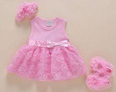 3edaafec801b43 US $11.1 25% OFF|Zomer Baby kleding Jurk + Hoofdband + Schoenen Pasgeboren Rompertjes  baby Meisjes kleding Rose Bloemen Bow Party Jurken Baby jumpsuits in ...