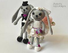 The bride and groom bunnies rabbits amigurumi by ILoveAmigurumi