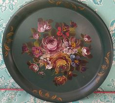 Vintage-Toleware-Painted-Floral-Tin-Tray-16-Round-Green-Roses-Shabby