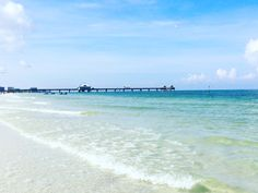 Clearwater Beach - Voted Best Beach Town in Florida! Clearwater Beach Pier 60, Clearwater Florida, Florida Beaches, Destin Beach, Beach Town, Florida Travel, White Sand Beach, Beach Photography, Night Life