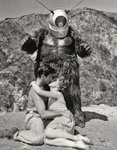 George Nader and Claudia Barrett ( from Robot Monster, 1953 )