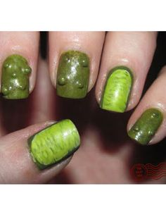 (i love pickles alot but im not sure i would want them on my nails… Cute Nails, Pretty Nails, Hair And Nails, My Nails, Nail Art Halloween, Halloween 2014, Halloween Costumes, Witch Nails, Manicure