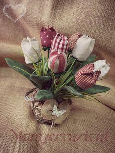 tulipani in stoffa tonalità country