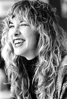 Stevie Nicks - I love this picture of her, she looks so radiant!