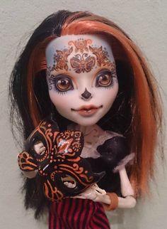 OOAK Monster High или Мир Удивительных Существ / Куклы My Scene, Monster High, Монстер Хай от Mattel / Бэйбики. Куклы фото. Одежда для кукол